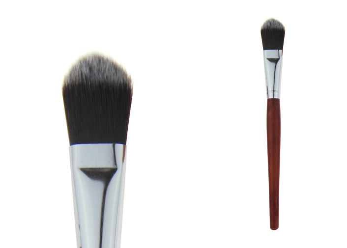 Wooden Handle Foundation Stippling Brush With Mixed Nylon Hair
