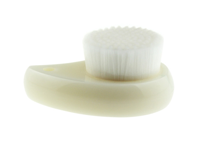 White Plastic Handle Facial Cleaning Brush With Soft Nylon Hair