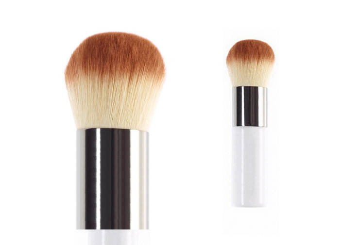 Wood Handle Brush Two Tone Nylon Hair Contour Makeup Brush White