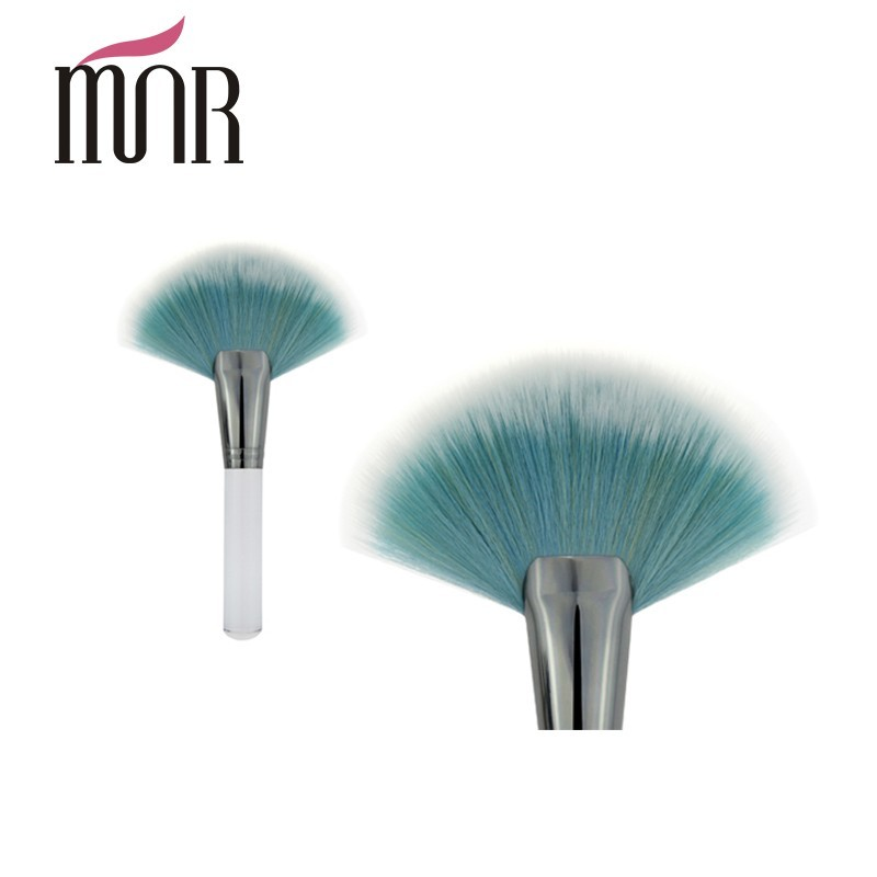 Cosmetic Makeup Blush Brush Blue Hair White Wood Handle Fan Brush